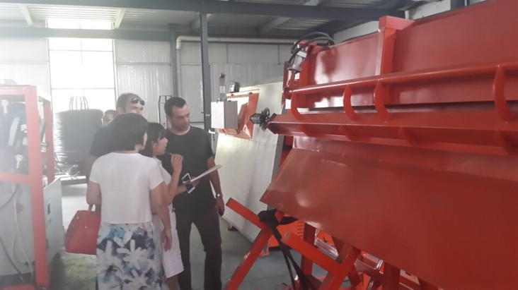 Foreign clients visiting our factory